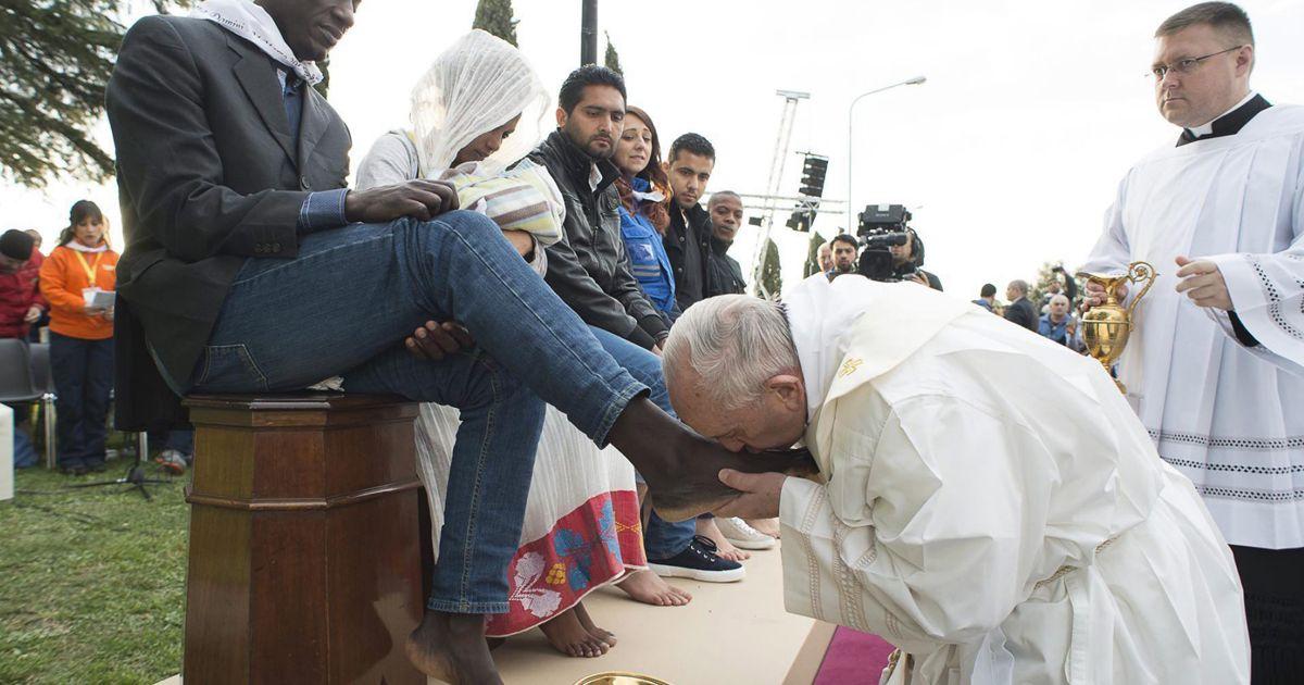 Papež Frančišek je hinavec!